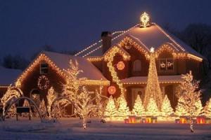 Декоративное освещение фасадов коттеджей и домов